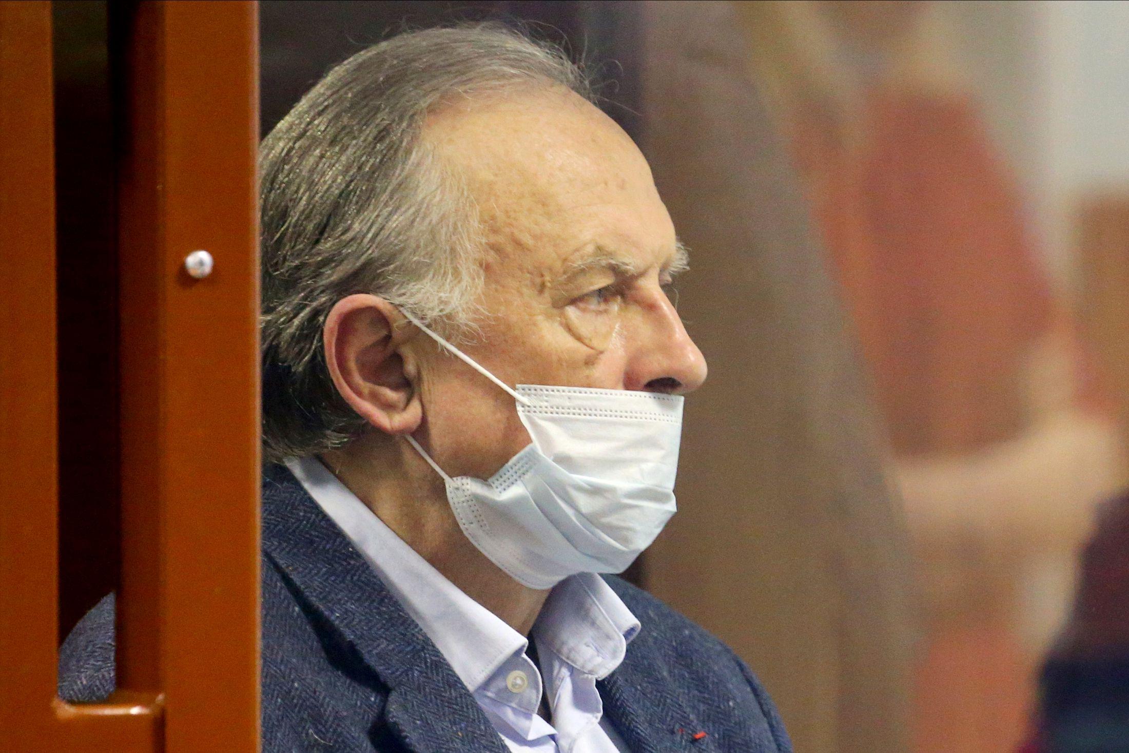Историк-убийца Соколов разрыдался всуде ипопросил прощения удочерей