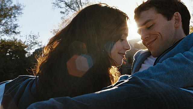 Любовь наполнит жизнь смыслом — романтический гороскоп на 6-12 сентября