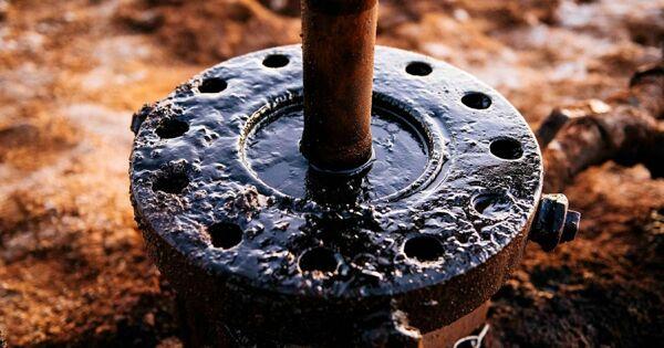 Лицензия наконфликт: Россия начнёт добычу нефти подносом уСША