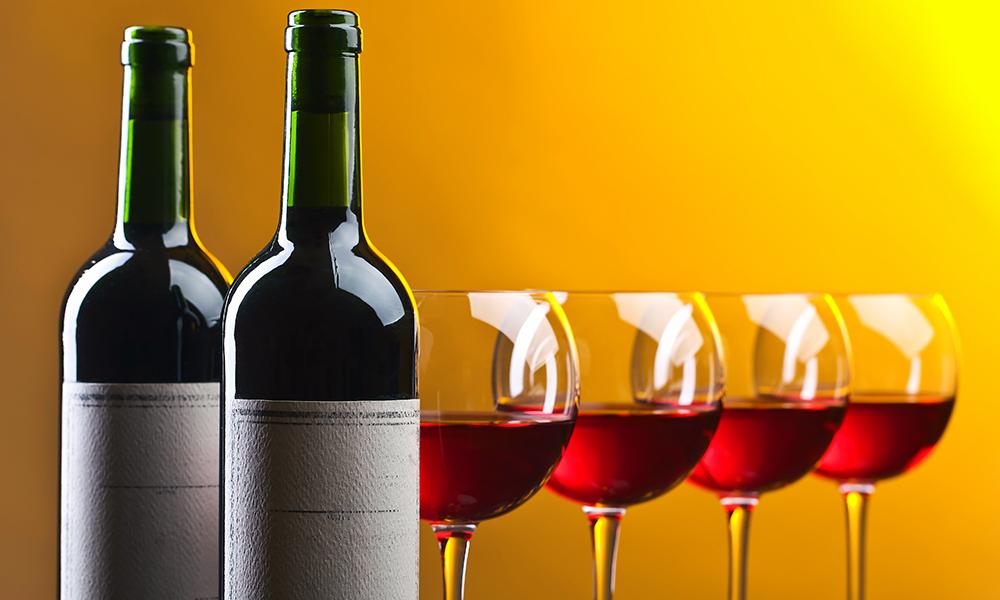 Россиян предложили оставить без вина икосметики изЕвросоюза