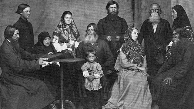 Чем отличаются православная и старообрядческая молитвы