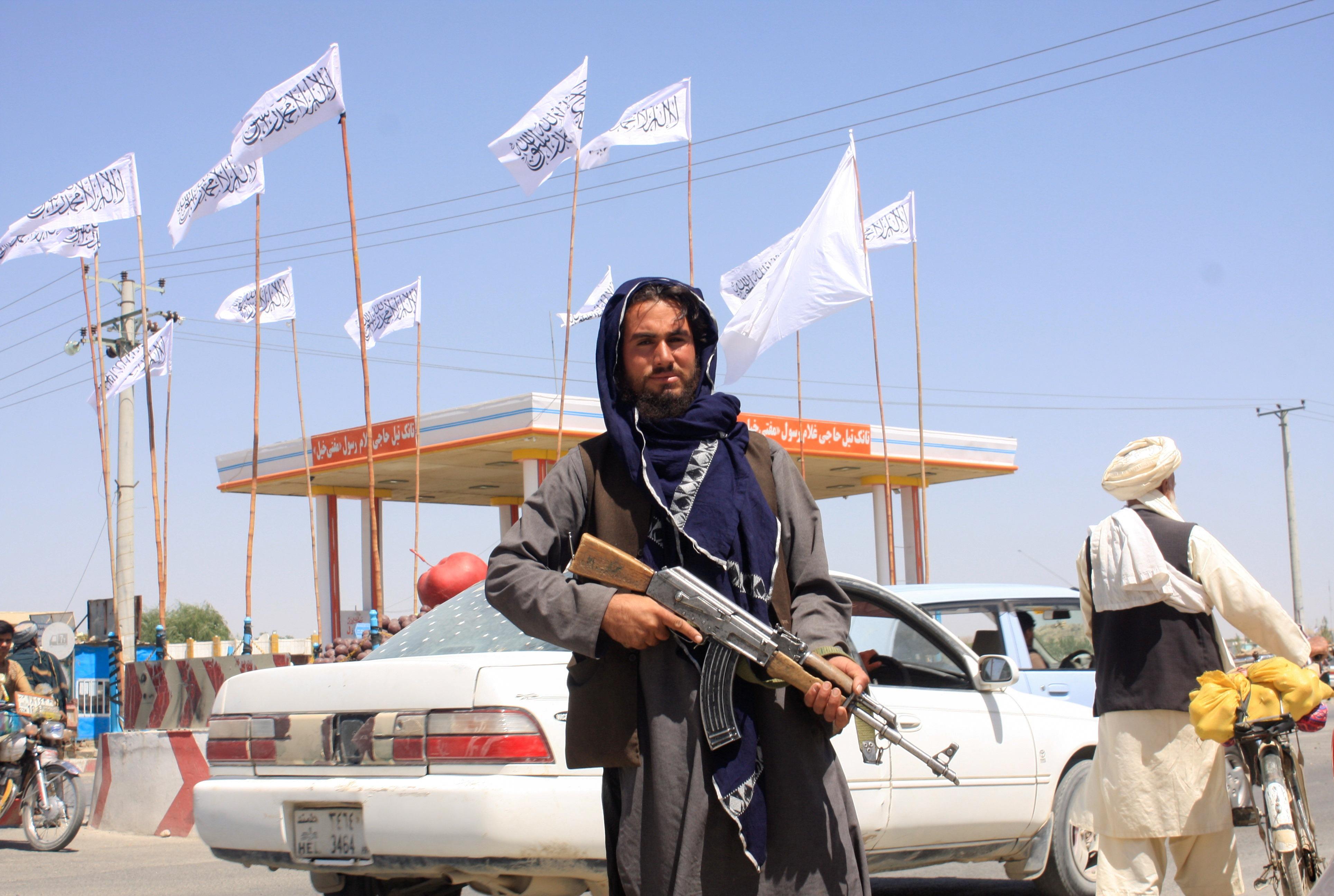 Вашингтон неисключил новых мировых санкций против талибов