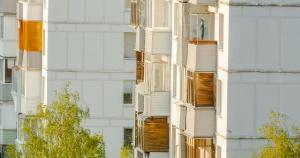 Годовалый ребенок выпал из окна 14-го этажа в Москве