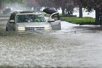 ЧП в Китае: опубликовано видео наводнения в Хэнань