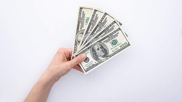 Гадаем на деньги — финансовый гороскоп на 8-14 марта
