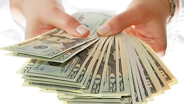Гребем деньги лопатой — финансовый гороскоп на март