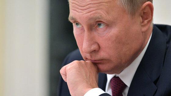 Путин одобрил штрафы за продажу гаджетов без программ РФ