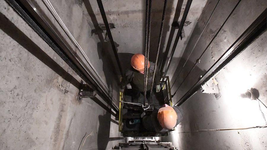 Вроссийском городе упал лифт спассажирами