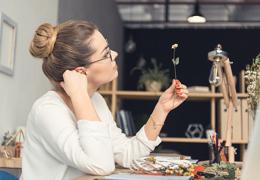 Креативный подход поможет заработать — финансовый гороскоп на 20 октября