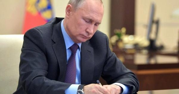 Путин сменил двух глав регионов
