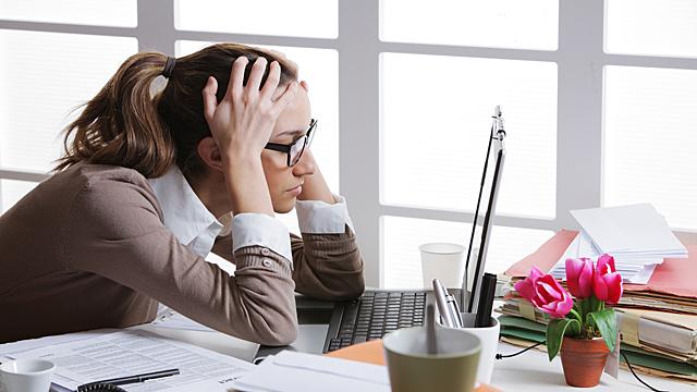 Проблемы на работе — финансовый гороскоп на 25 июня