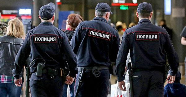 Российские полицейские подрались из-заотпуска