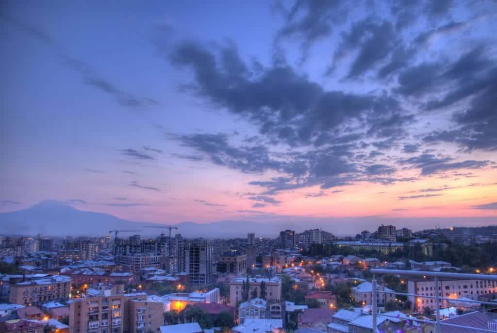 Опубликована видеозапись землетрясения в Армении — Рамблер/путешествия