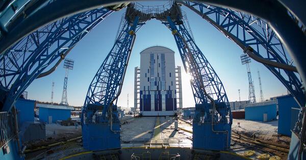 Спутники OneWeb доставили накосмодром Восточный врамках подготовки кзапуску