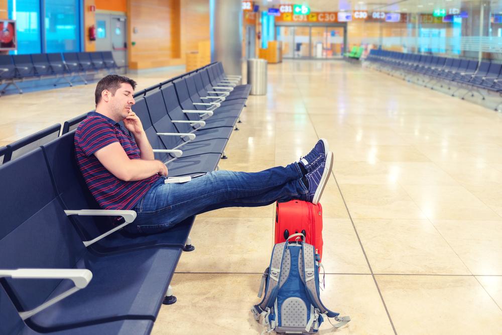 Задолжавший россиянин застрял вТаиланде ипоселился ваэропорту