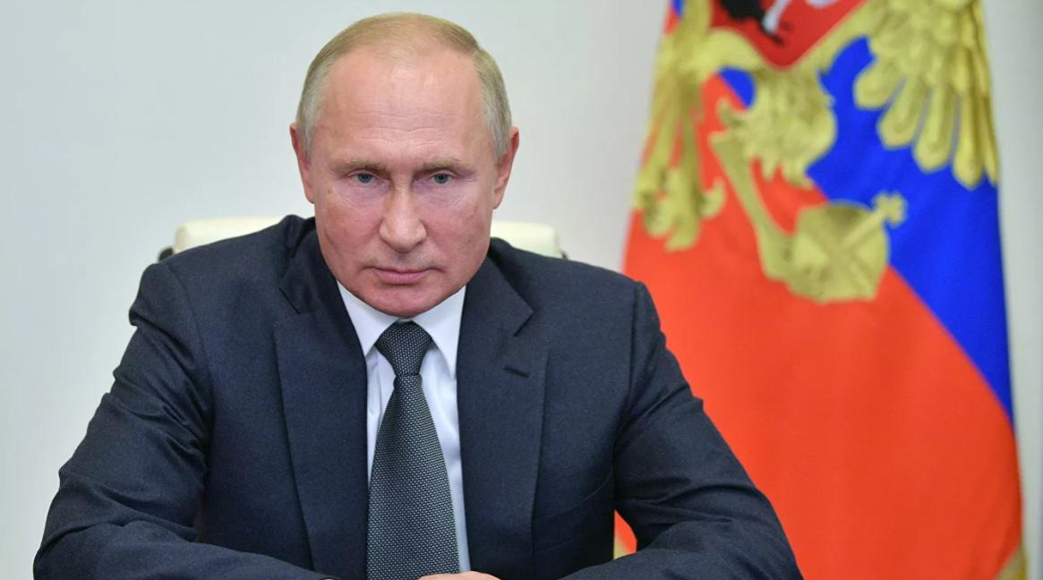 Путин освободил отдолжностей Васильева иКузнецову