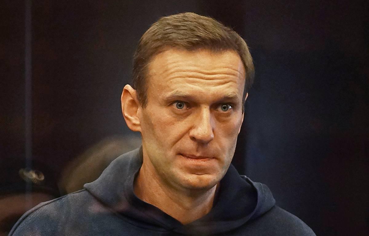 Навальный подал иск кГенпрокуратуре иРоскомнадзору