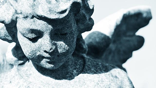 Как понять, что ангел-хранитель готов вам помочь