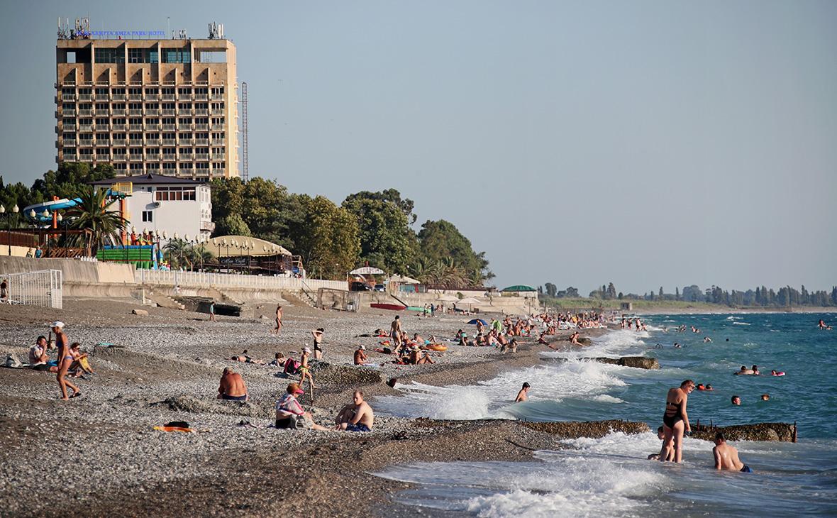 Без пафоса, для души: Российская туристка сравнила пляжи вСочи иАбхазии