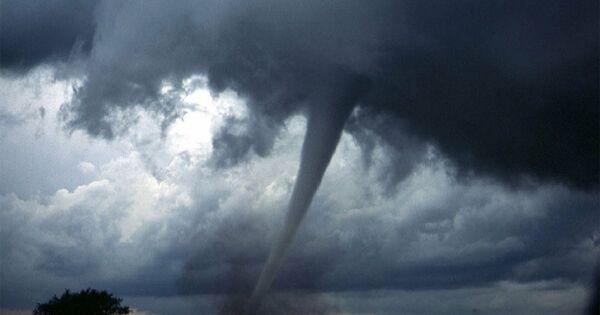 Вштатах Джорджия иАлабама объявили угрозу торнадо