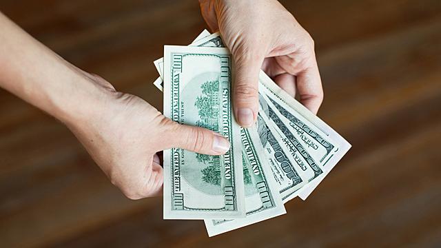 Беречь или тратить — финансовый гороскоп на 10 июня