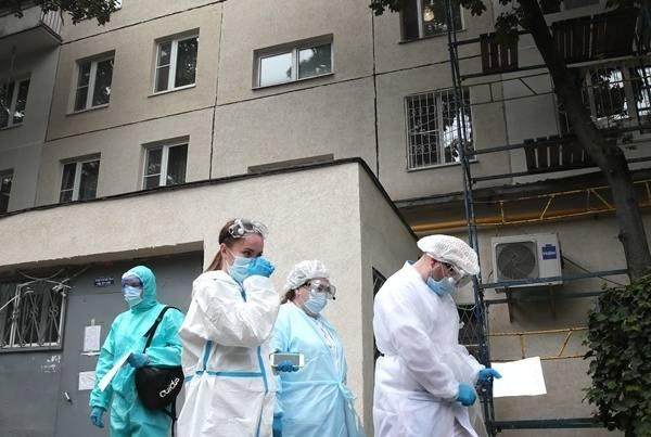 СМИ: вдоме наСовхозной после отравления арбузом запретили пить воду из-под крана