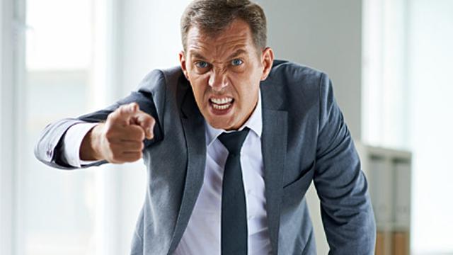 Психолог рассказала, как общаться с токсичным начальством