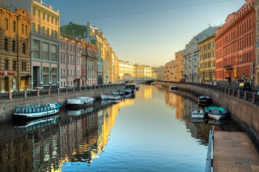 Туриндустрия Петербурга считает отмену всех мероприятий чрезмерной&nbsp