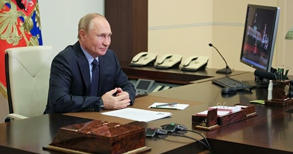 Путин иправительство обсудили борьбу сCOVID-19. Главное