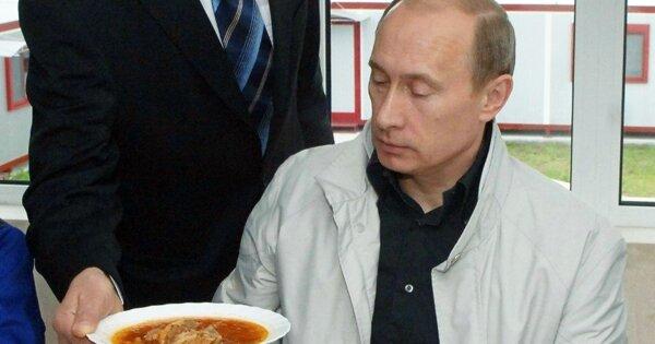 Повар президента рассказал, какПутин относится кборщу