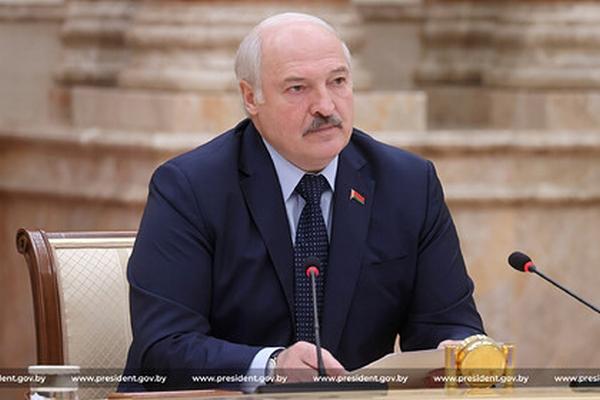 Лукашенко призвал посла «набить морду» мэру Риги