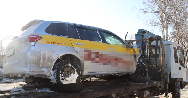 В Приморье возбуждено уголовное дело в отношении пассажира такси, угнавшего автомобиль таксомоторной компании