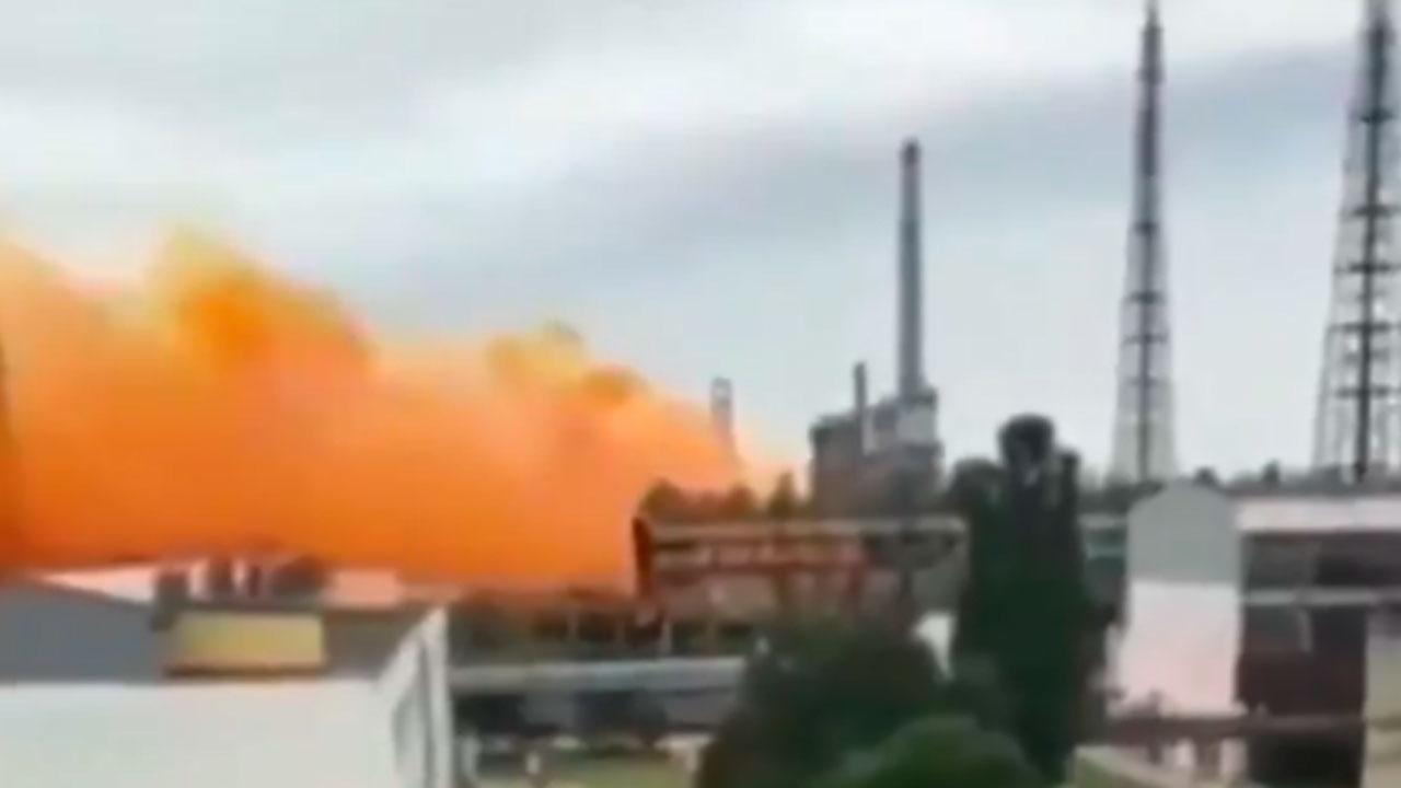 Оранжевое небо: наУкраине взорвался цех азотной кислоты