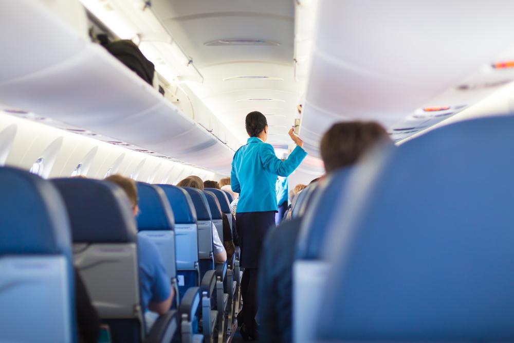Стюардесса рассказала, как мстит пассажирам за хамство — Рамблер/путешествия