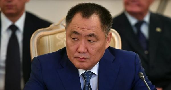 Уволенный глава Тувы записал видеообращение