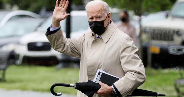 Байден заблудился насаммите G7