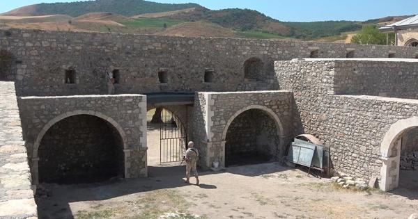 Миротворцы РФобеспечили безопасное посещение монастыря вНагорном Карабахе армянским паломникам