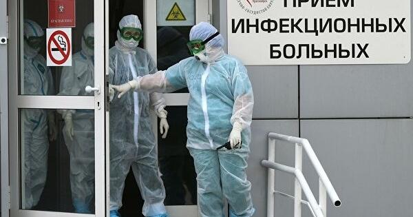Путин подписал указ онаграждении медиков заборьбу сCOVID-19посмертно