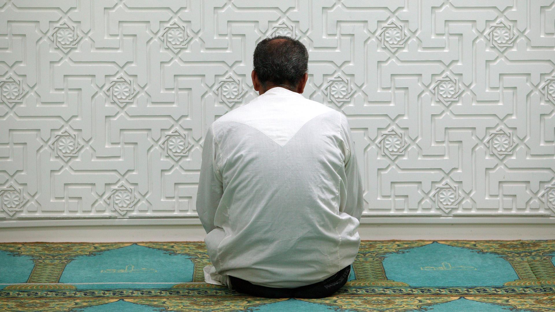 Пермских школьников заставили молиться Аллаху науроке физкультуры
