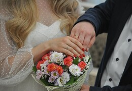 В каком возрасте знакам нужно вступать в брак