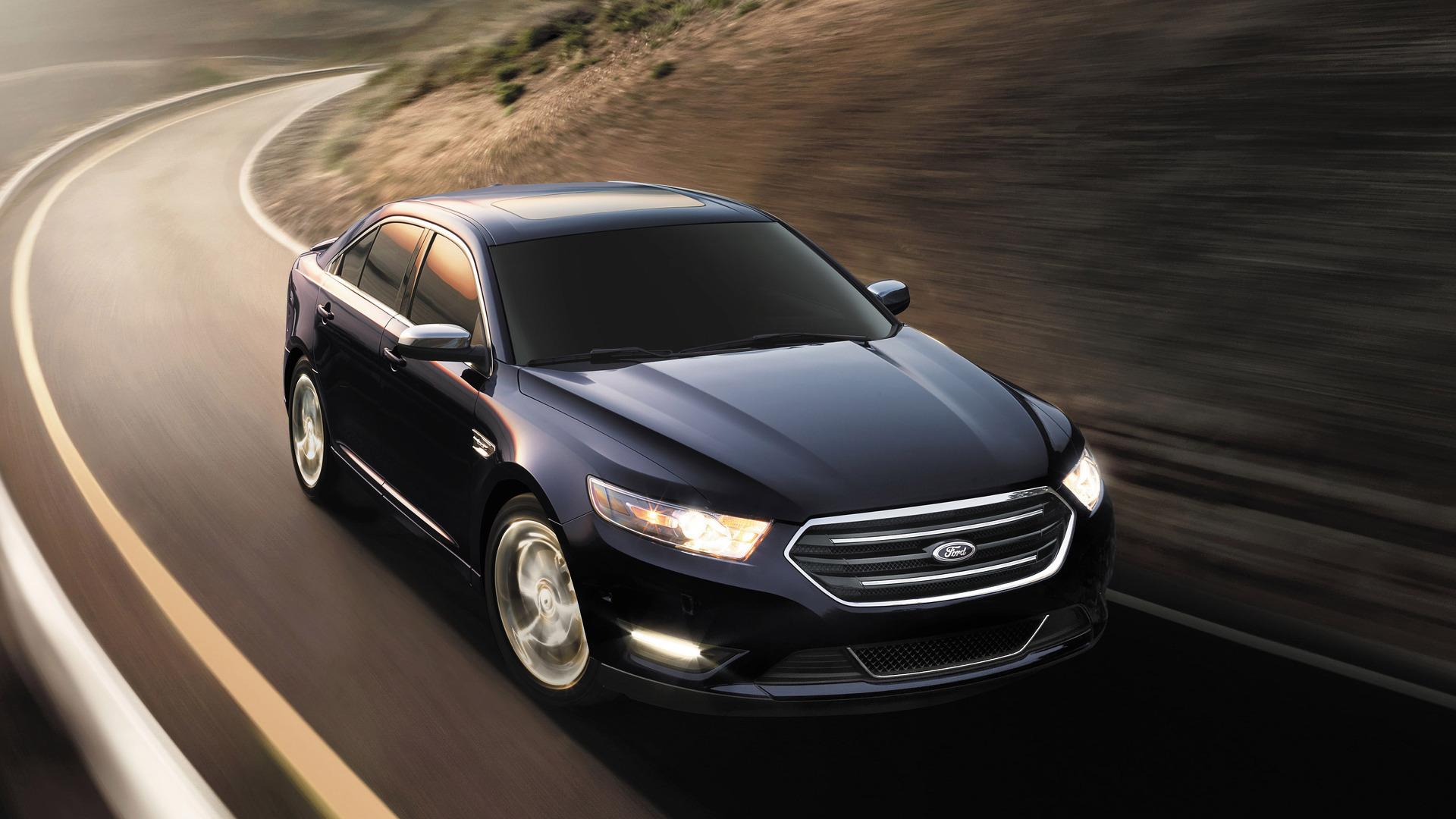 Ford объяснил, зачем снял спроизводства всеседаны