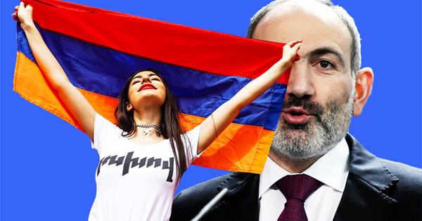 ВДень материнства икрасоты: ВАрмении начались задержания оппозиционерок