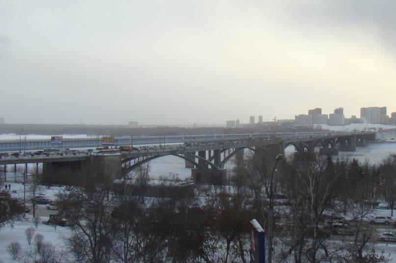 Подготовка к реконструкции Октябрьского моста началась в Новосибирске