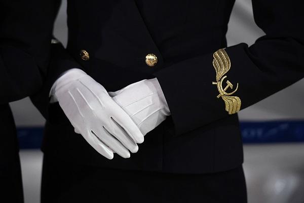 Стюардесса объяснила тайный смысл жестов бортпроводников — Рамблер/путешествия