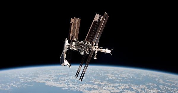 Ищите женщину: космонавты рассказали, ктомогпросверлить дыру наМКС