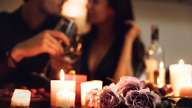 Лучшее время и место для свидания в День Всех Влюбленных