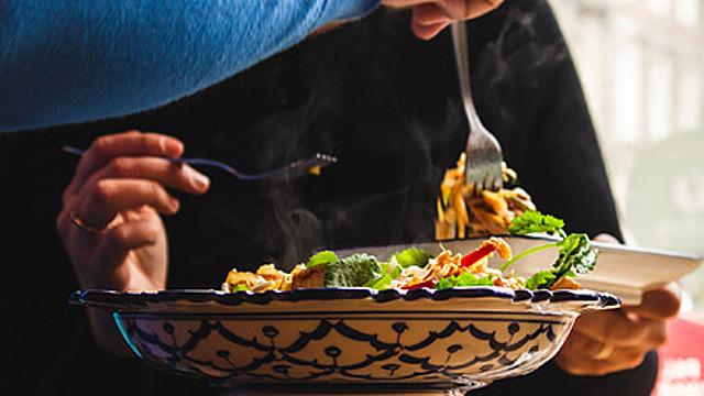 Психолог назвал опасность здоровой пищи