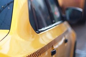 Женщина выстрелила таксисту в голову из-за цены на поездку