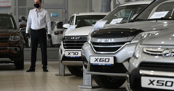 В России рухнули продажи автомобилей