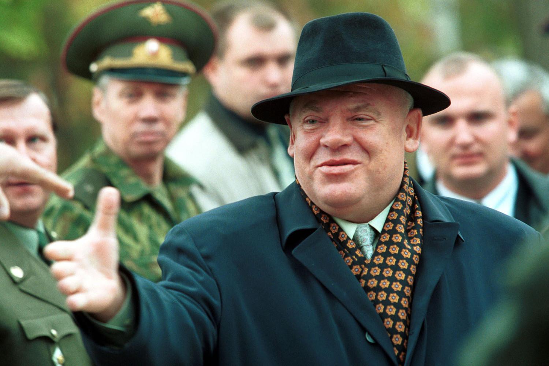 Полномочный представитель Президента РФ в Южном федеральном округе Виктор Казанцев, 2000 год